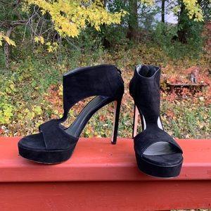 Stuart Weitzman 10.5M sueded Black open toe sandal